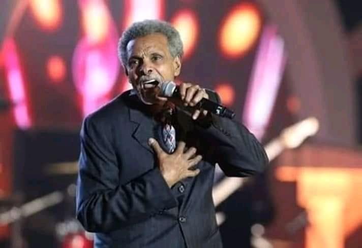 ضرورة تكريم أبوعركي عبر مهرجان ضخم … بقلم: صلاح شعيب