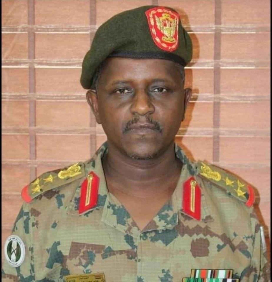 الجيش: انتشار القوات حول القيادة احترازي وسيستمر لأيام