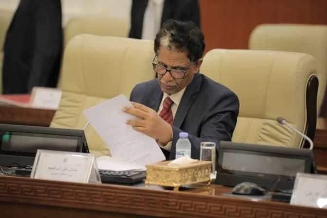 وزير الطاقة والتعدين يسلط الضوء علي أهمّ انجازات الفترة الاسعافية