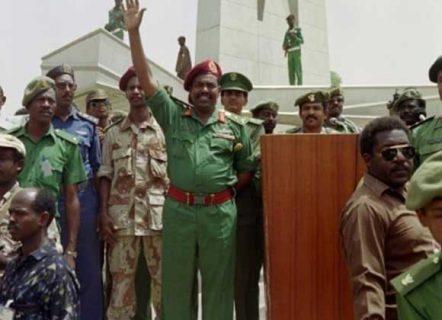 """إطلاق سراح """"4"""" من الضباط المتهمين في بلاغ إنقلاب الإنقاذ يونيو 1989"""
