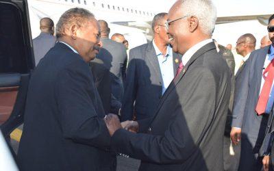 د. حمدوك يعود إلى البلاد بعد زيارة ناجحة لالمانيا