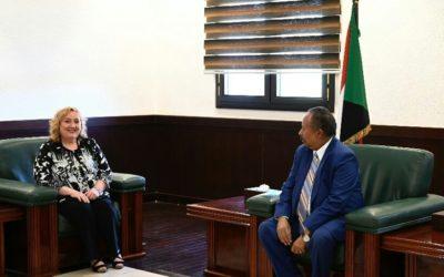 د.حمدوك يتلقى دعوة رسمية لزيارة إيطاليا