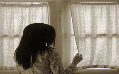 العالم لاينتهي خلف النافذة ..قصة قصيرة