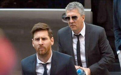 ضربة موجعة من والد ميسي لإدارة برشلونة