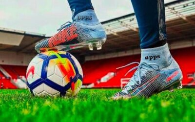 كرة القدم .. الحقائق الغائبة عن عُشاقِها ..!!