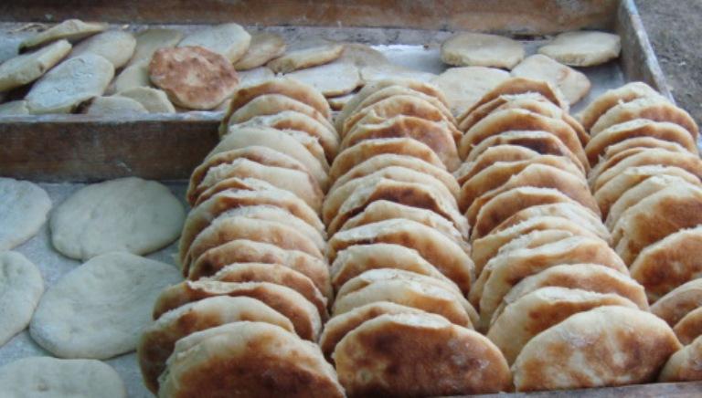 بورتسودان .. معاناة الخبز من العجين الى الطحين