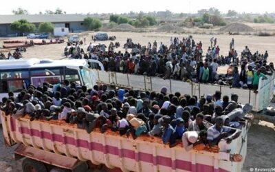طرد آلاف المهاجرين وطالبي اللجؤ الأفارقة من الجزائر بينهم سودانيين