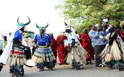 """بالرقصات والايقاعات الشعبية أوبريت """"لون السلام"""" بالمسرح القومي"""