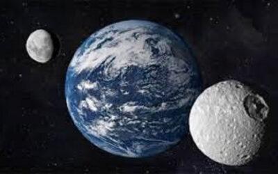 القمر الثاني سيقترب من الأرض ولن يري مرة أخري