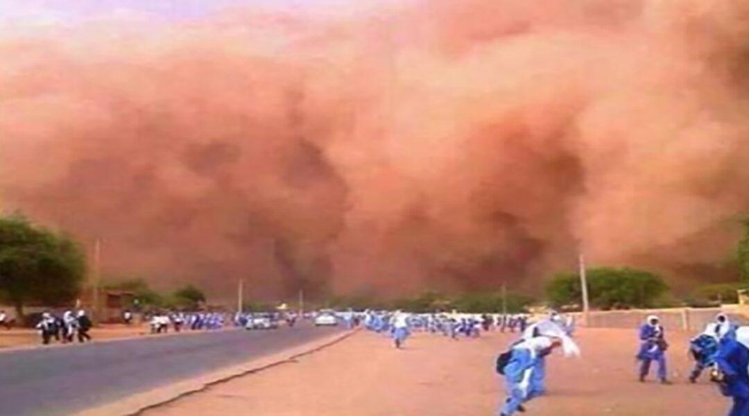 الارصاد: عاصفة ترابية تغطيأجزاء واسعة من البلاد اليوم