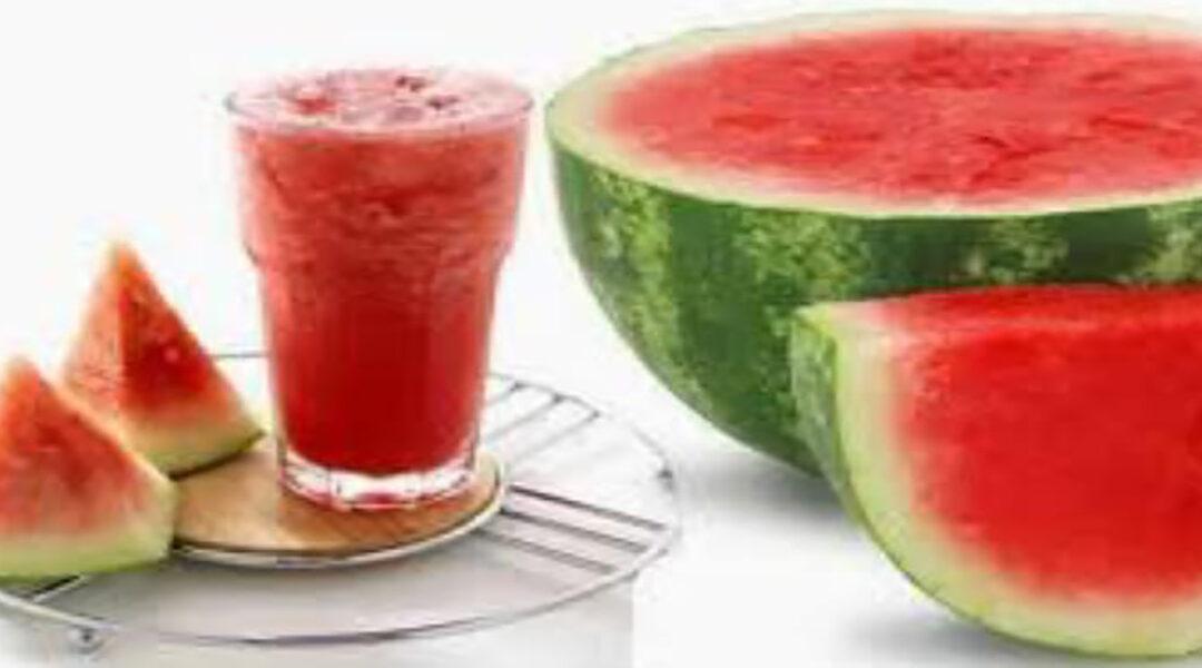 ثمرة البطيخ .. فاكهة أحب تناولها النبي (ص)