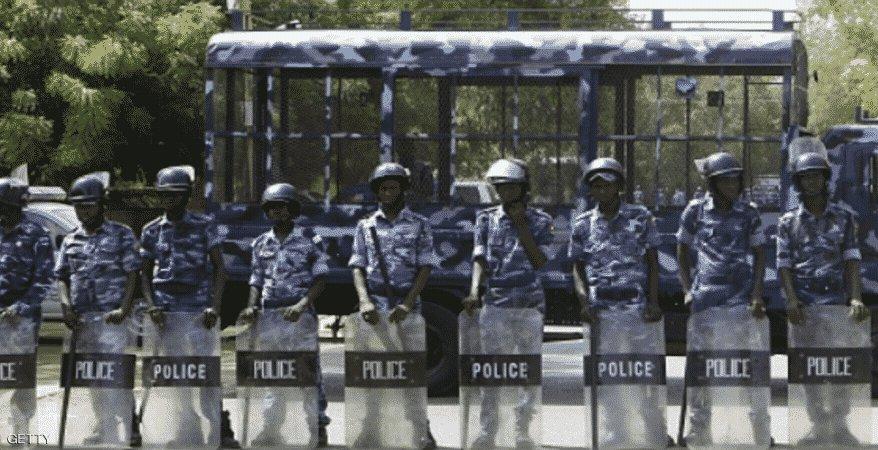 احتجاز ٥٠ معتصما أمام مشرحة التميز بالخرطوم