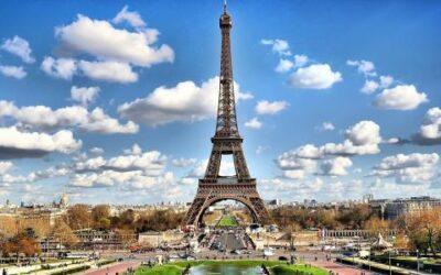 مؤتمر باريس بين مطرقة الإستثمار الأجنبي وسندان السياسات الداخلية