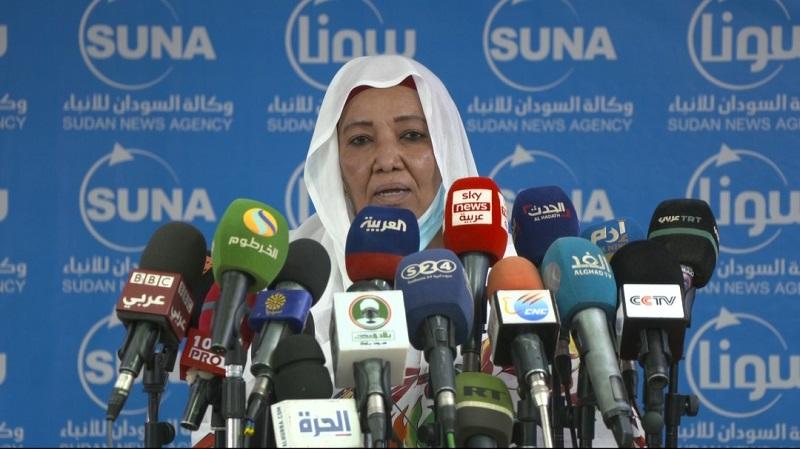 تماضر الطريفي تؤكد عقد إمتحانات الشهادة السودانية والفصلية بمواعيدها
