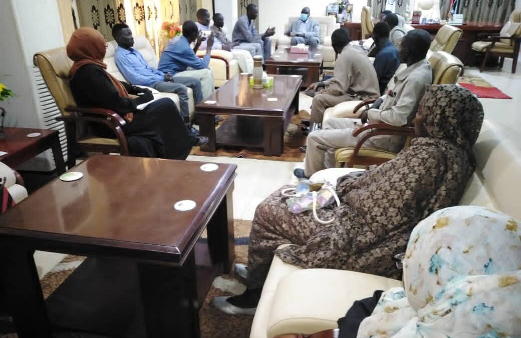 والي النيل الأزرق يشكل لجنة إمتحانات لمشرفي أفواج الحج