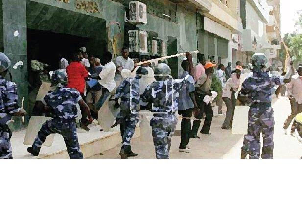 حملات شرطية ضبطت خمور بلدية ومظاهر سالبة بوسط الخرطوم
