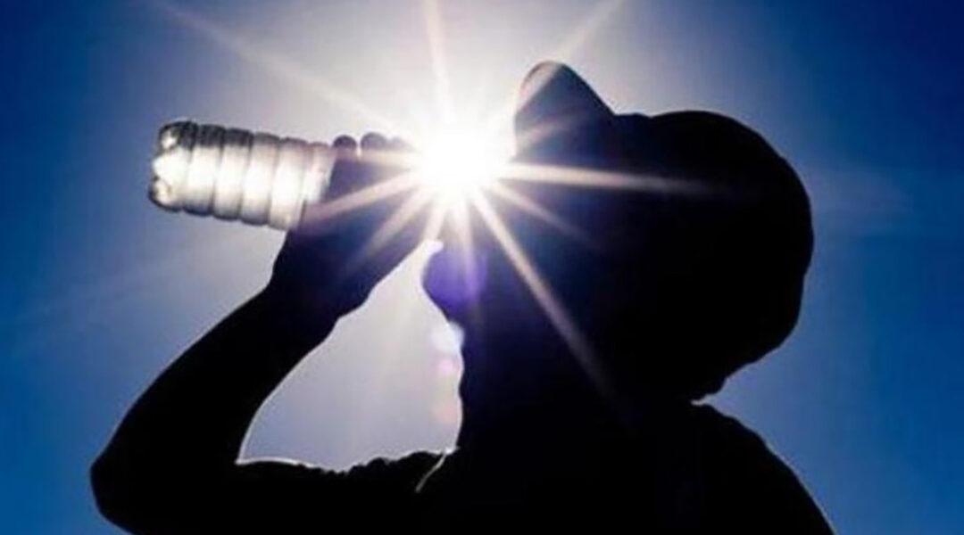 أيهما أفضل الماء البارد أم الفاتر في فصل الصيف؟