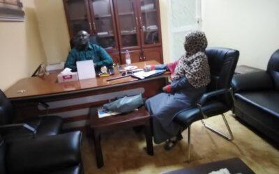 سوداني بوست علي طاولة والي غرب دارفور الجنرال خميس أبكر
