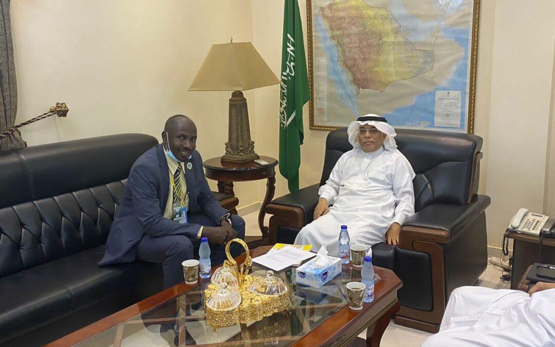 السفير السعودي يستقبل رئيس منظمة الحلف للسلام والتنمية