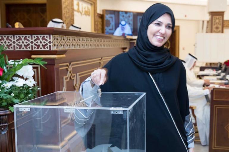 نساء قطر .. ٢٦ كوكبا لقبة الشورى المنتخب