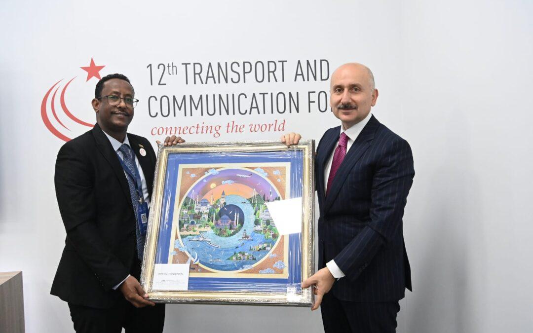 وزير النقل :نسعي لإيجاد شراكات حقيقية في مجالات النقل المختلفة مع تركيا